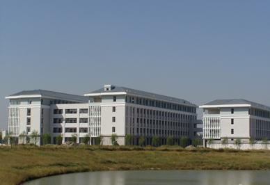 华北水利水电学院新建公寓楼(郑州)暖气片工程
