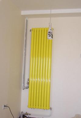 独立采暖家庭该如何安装暖气片
